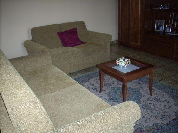 Appartamento in vendita a Poggio a Caiano, 3 locali, zona Località: Centro, prezzo € 145.000 | Cambio Casa.it