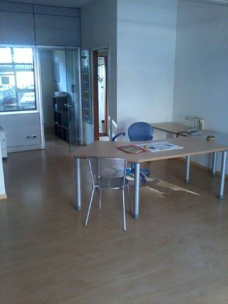 Ufficio / Studio in vendita a Poggio a Caiano, 4 locali, prezzo € 129.000 | Cambio Casa.it