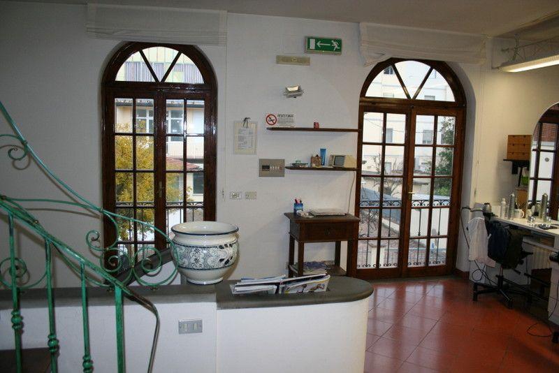 Rustico / Casale in vendita a Signa, 6 locali, zona Località: GENERICA, prezzo € 250.000 | Cambio Casa.it