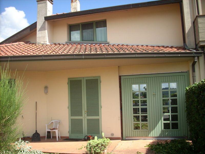 Villa in vendita a Poggio a Caiano, 1 locali, Trattative riservate | Cambio Casa.it