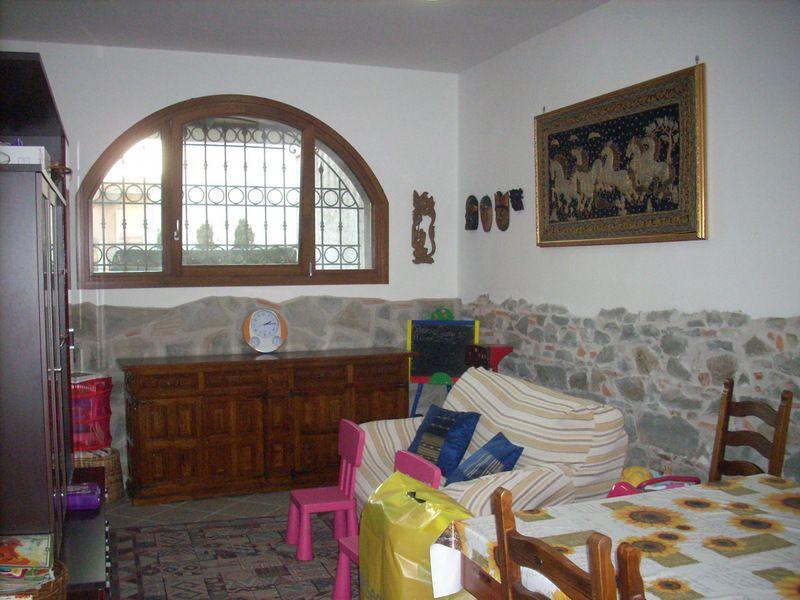 Villetta a schiera in ottime condizioni in vendita Rif. 4057891