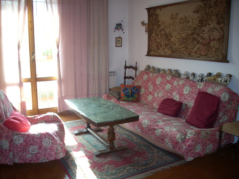Casa Indipendente in buone condizioni in vendita Rif. 4057930