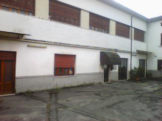 Magazzino - capannone in buone condizioni in vendita Rif. 4057953