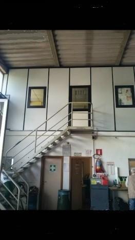 Capannone in affitto a Firenze, 1 locali, zona Località: GENERICA, prezzo € 2.200 | Cambio Casa.it