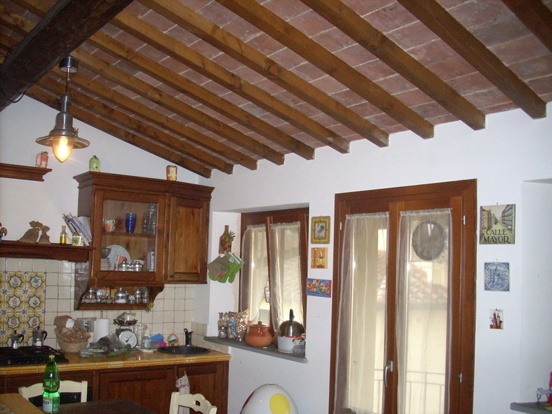 Appartamento in vendita a Poggio a Caiano, 3 locali, prezzo € 150.000 | CambioCasa.it