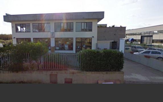 Capannone in vendita a Lastra a Signa, 2 locali, prezzo € 310.000 | CambioCasa.it