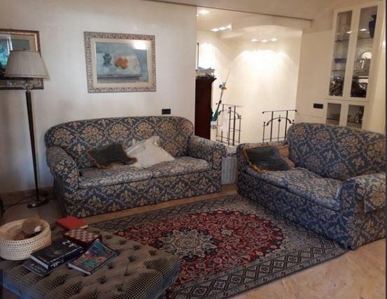 Appartamento in vendita a Prato, 7 locali, prezzo € 550.000 | PortaleAgenzieImmobiliari.it