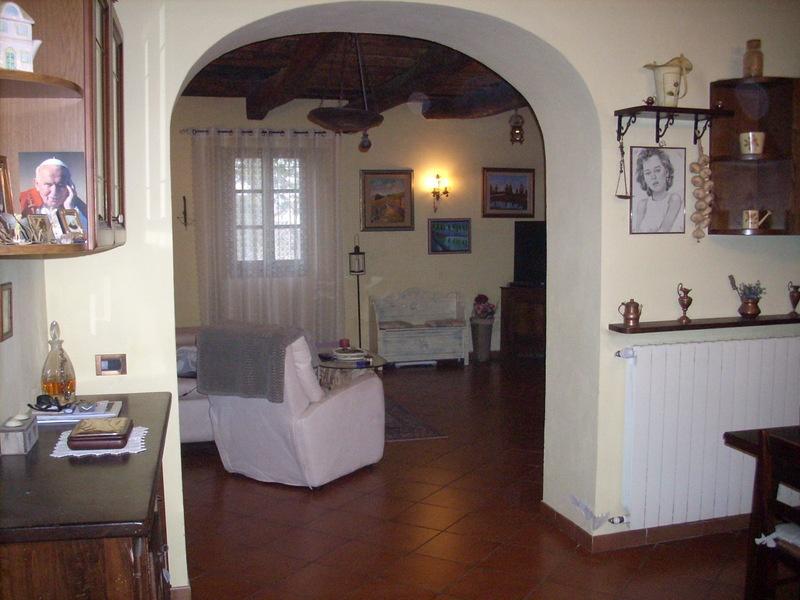 Casa Indipendente ristrutturato in vendita Rif. 11210627