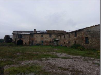 Rustico / Casale in Vendita a Montemurlo