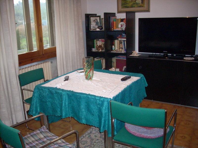 Appartamento in vendita a Carmignano, 4 locali, prezzo € 245.000 | PortaleAgenzieImmobiliari.it