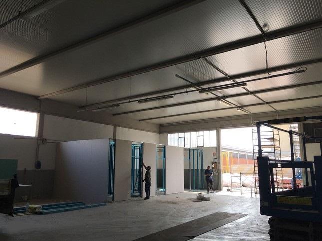 Magazzino - capannone ristrutturato in affitto Rif. 7341882