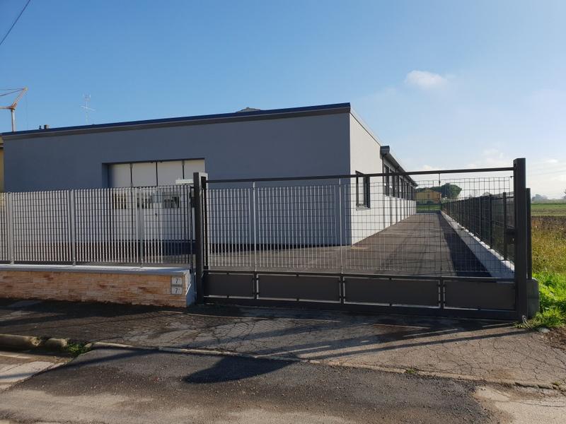 Magazzino - capannone ristrutturato in affitto Rif. 8529780