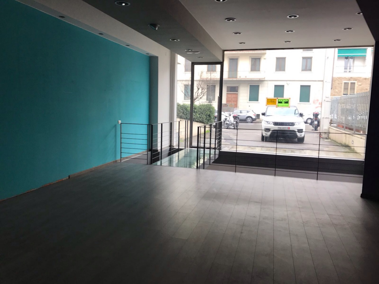 Locale Commerciale in Affitto FIRENZE