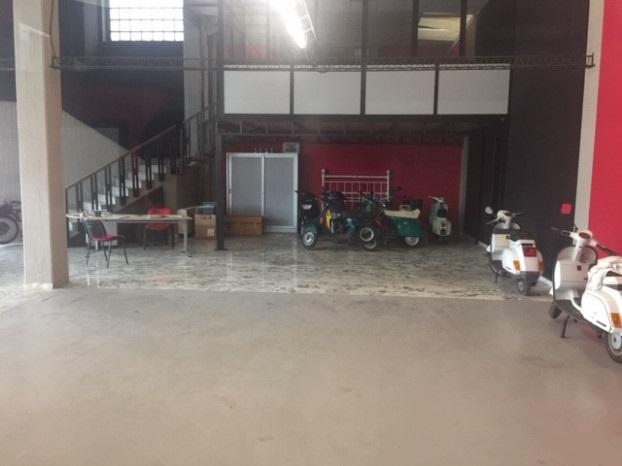 Magazzino - capannone in buone condizioni in affitto Rif. 9187585