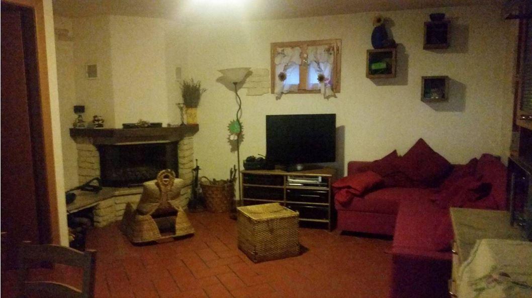 Villa a schiera in Vendita CARMIGNANO