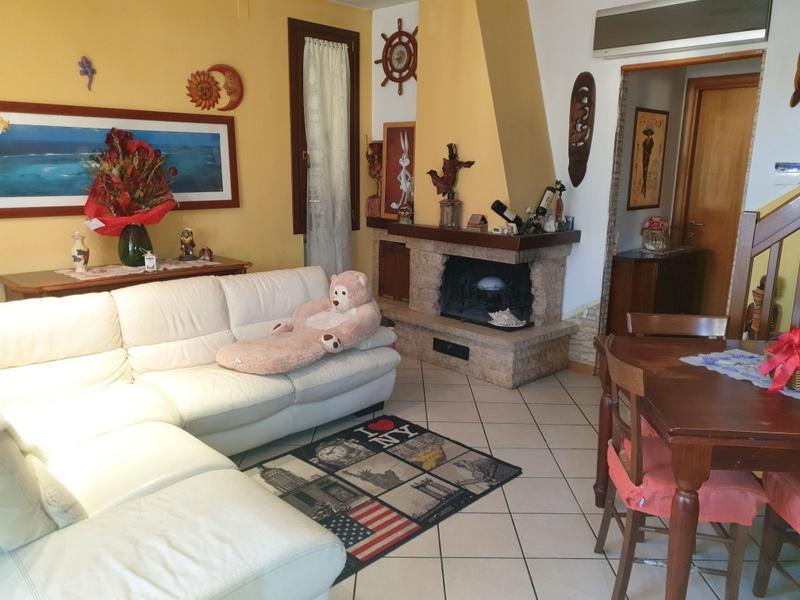 Appartamento in vendita a Signa, 3 locali, prezzo € 220.000 | PortaleAgenzieImmobiliari.it