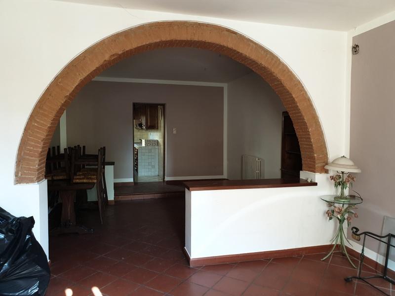 Casa Indipendente in buone condizioni in vendita Rif. 10171369