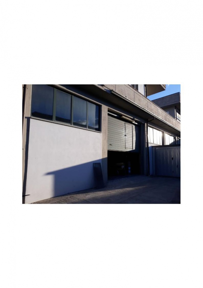 Magazzino - capannone in affitto Rif. 10279357