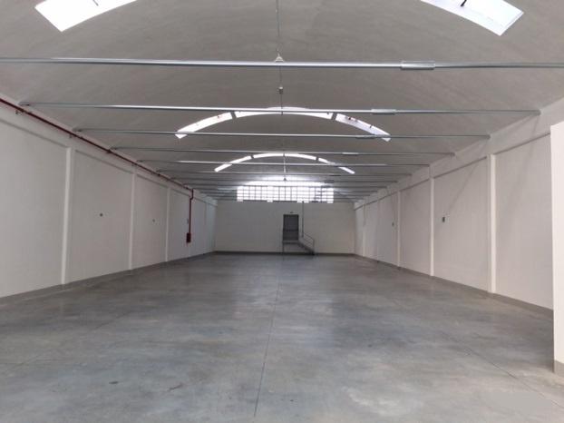 Magazzino - capannone ristrutturato in affitto Rif. 11485298