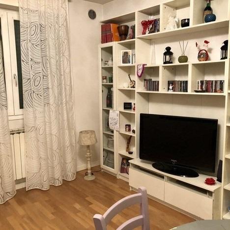 Appartamento in vendita a Prato, 3 locali, prezzo € 190.000 | CambioCasa.it