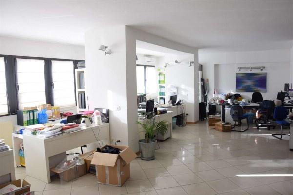 Locale Commerciale PRATO F423