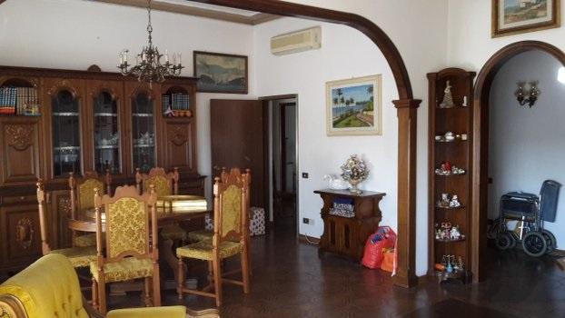 Appartamento in vendita a Signa, 5 locali, prezzo € 199.000 | PortaleAgenzieImmobiliari.it