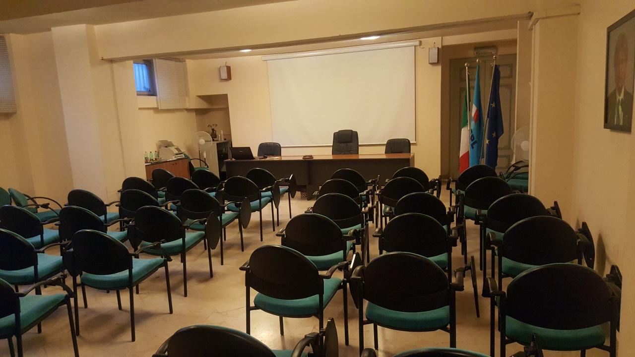 Ufficio / Studio in affitto a Firenze, 1 locali, prezzo € 1.500 | CambioCasa.it