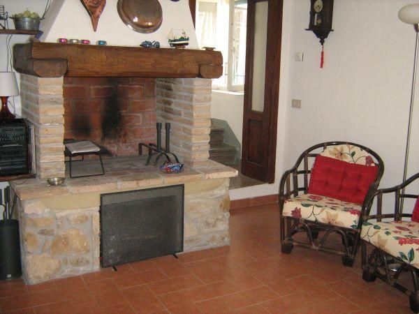 Casa Indipendente ristrutturato in vendita