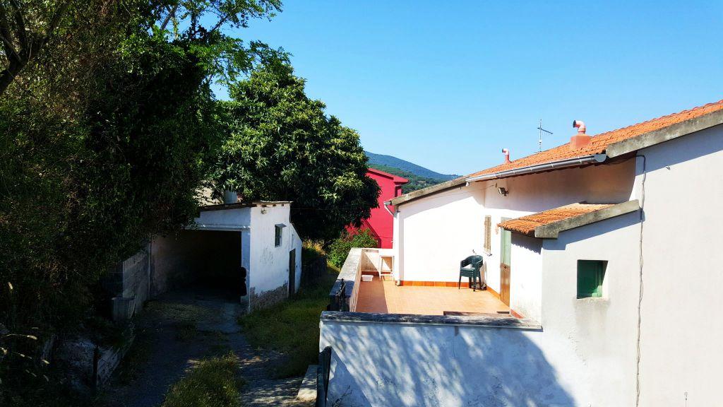 Soluzione Semindipendente in vendita a Gavorrano, 9999 locali, zona Località: GENERICA, prezzo € 135.000 | Cambio Casa.it