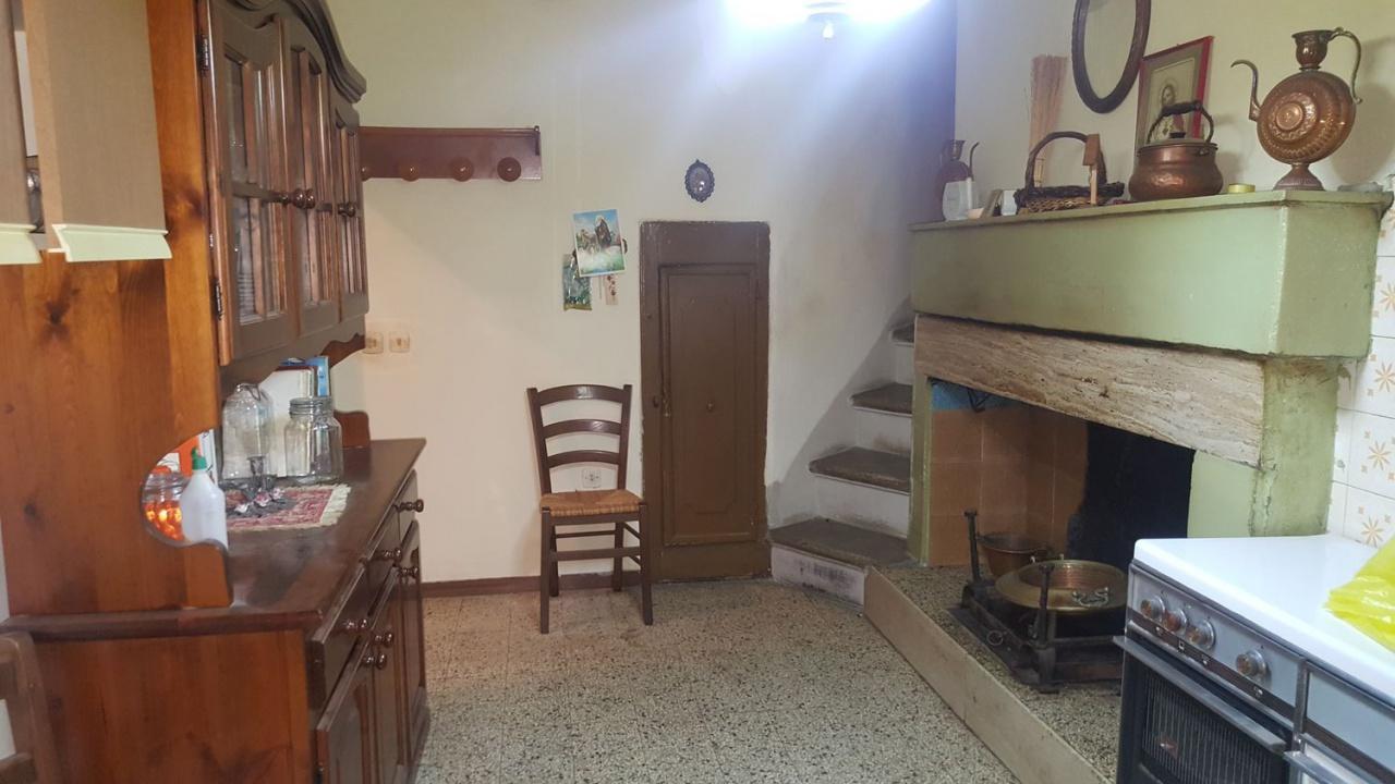 Appartamento in discrete condizioni in vendita Rif. 9563738