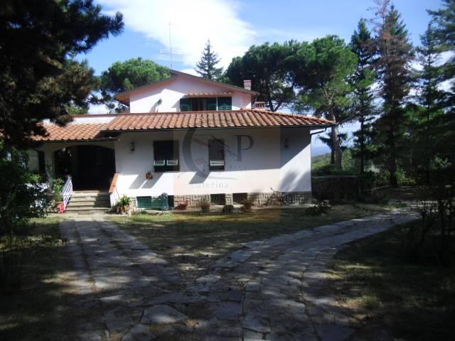 Villa in vendita a Rignano sull'Arno, 12 locali, zona Località: GENERICA, prezzo € 780.000 | Cambio Casa.it
