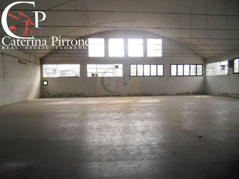 Capannone in affitto a Scandicci, 5 locali, Trattative riservate | CambioCasa.it