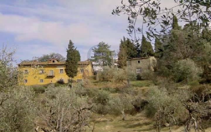 Rustico / Casale in vendita a Rufina, 20 locali, zona Località: GENERICA, prezzo € 480.000 | Cambio Casa.it