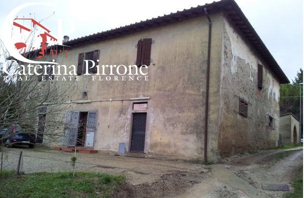 Rustico / Casale in vendita a Pontassieve, 11 locali, prezzo € 650.000 | CambioCasa.it
