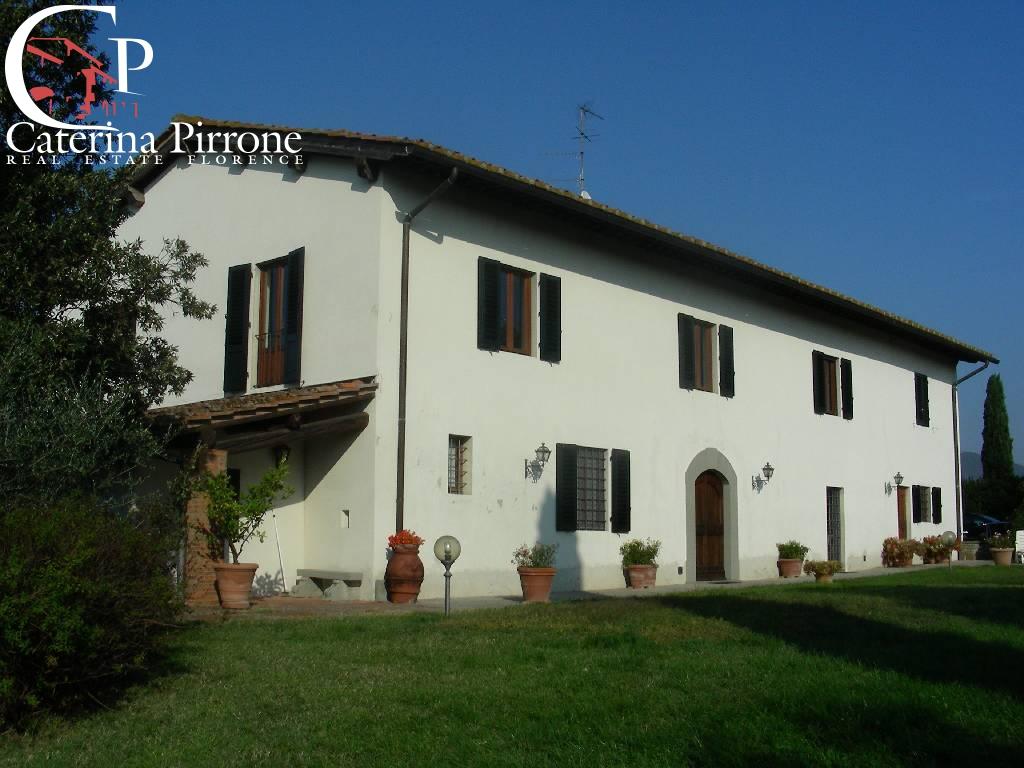 Palazzo / Stabile in vendita a Bagno a Ripoli, 40 locali, zona Località: GENERICA, Trattative riservate | Cambio Casa.it