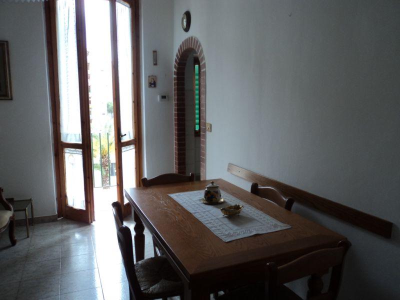 Appartamento in vendita a Firenze, 3 locali, zona Zona: 3 . Il Lippi, Novoli, Barsanti, prezzo € 170.000 | Cambiocasa.it