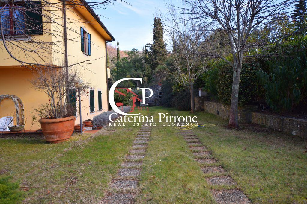 Villa in vendita a Bagno a Ripoli, 10 locali, Trattative riservate | Cambio Casa.it