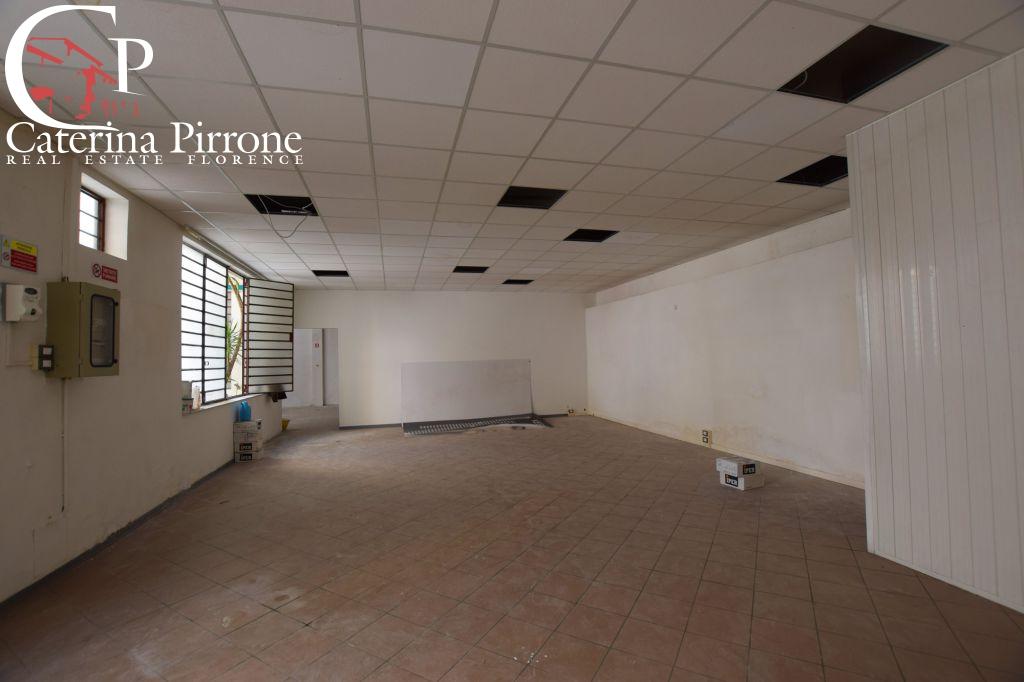 Attività commerciale in buone condizioni in affitto Rif. 10228856