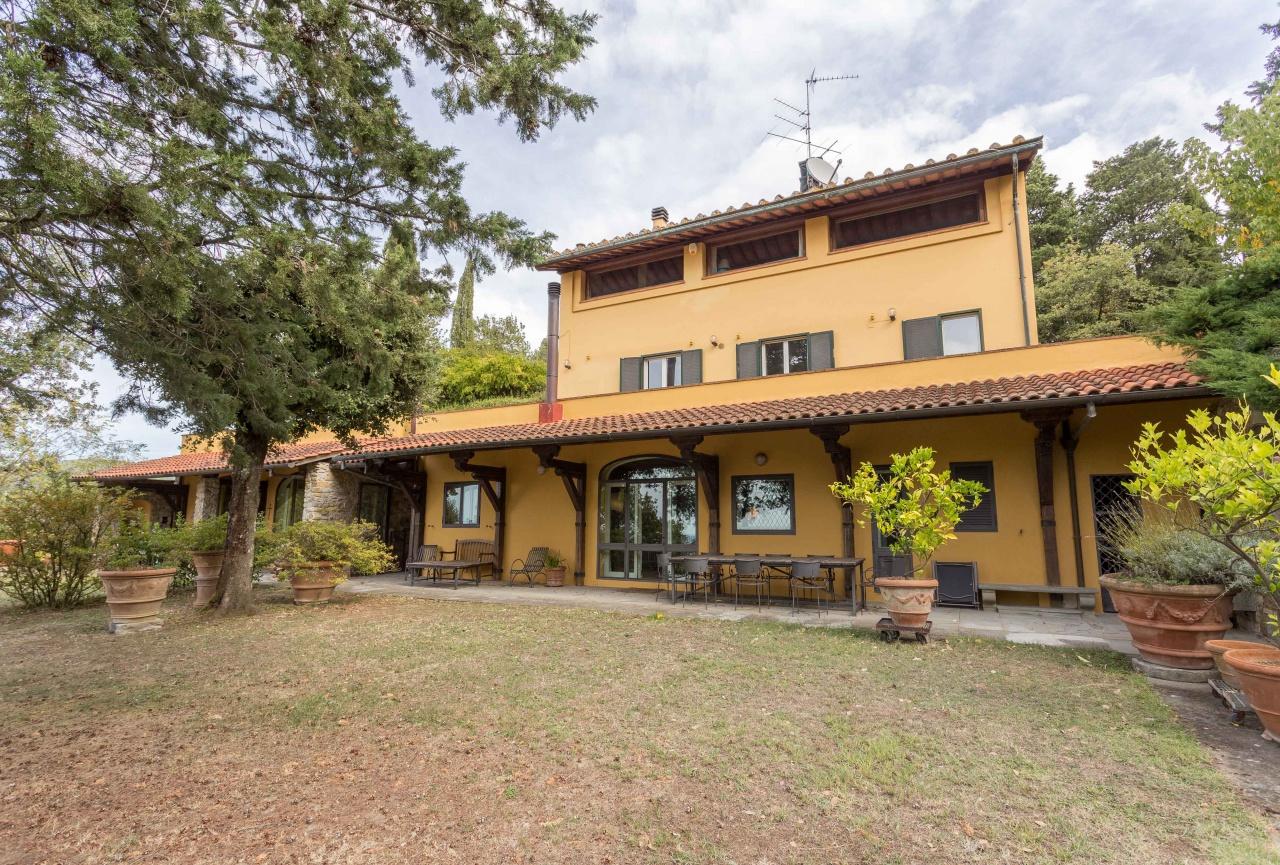 Villa in vendita a Firenze, 16 locali, Trattative riservate | CambioCasa.it