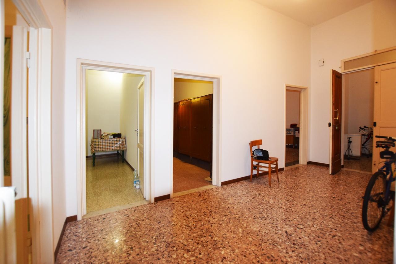Appartamento in vendita a Bagno a Ripoli, 5 locali, prezzo € 310.000 | PortaleAgenzieImmobiliari.it