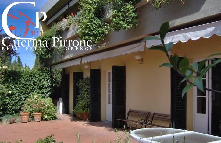 Appartamento in buone condizioni in vendita Rif. 10304788