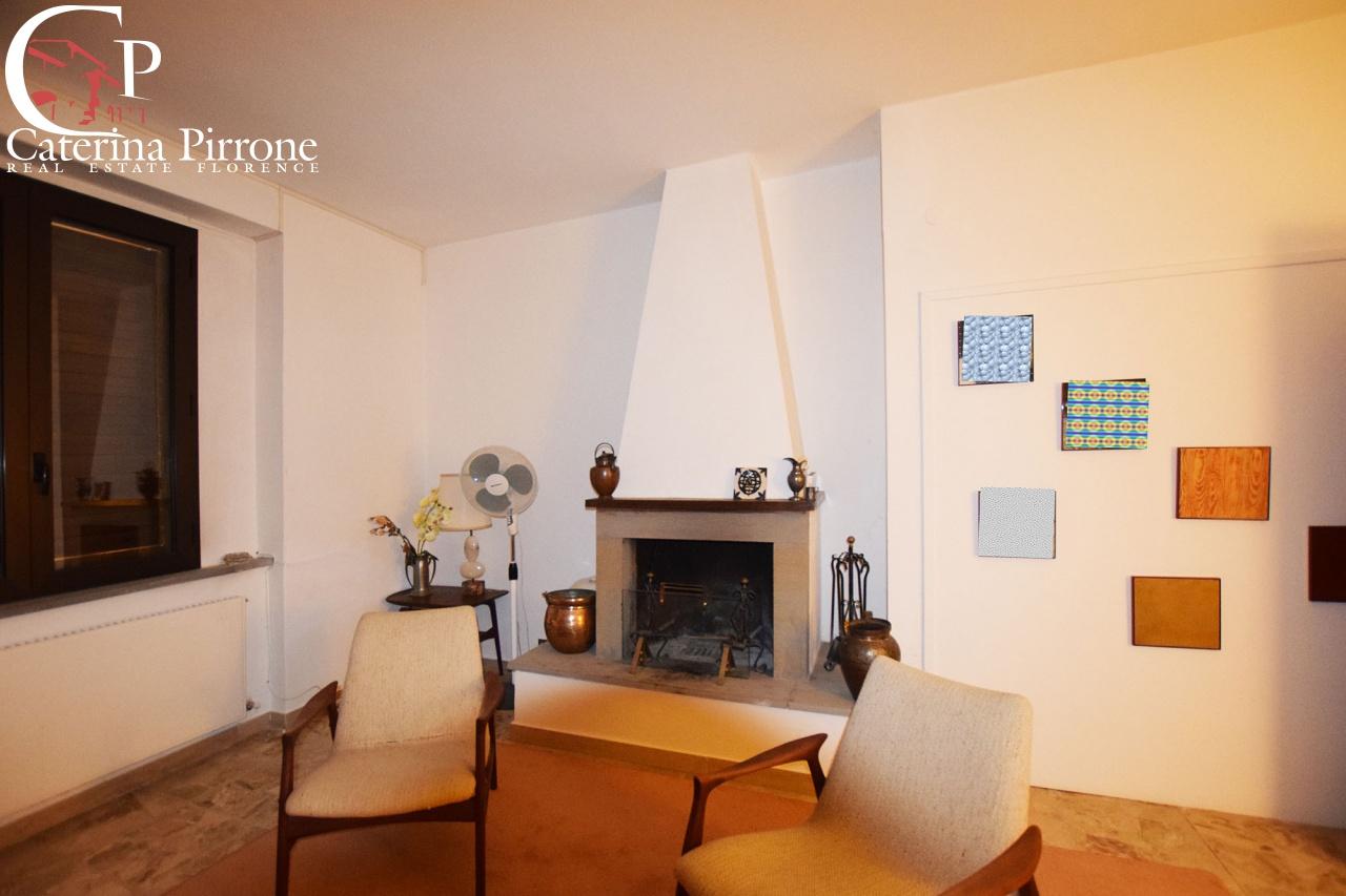 Appartamento in buone condizioni arredato in affitto Rif. 10762151