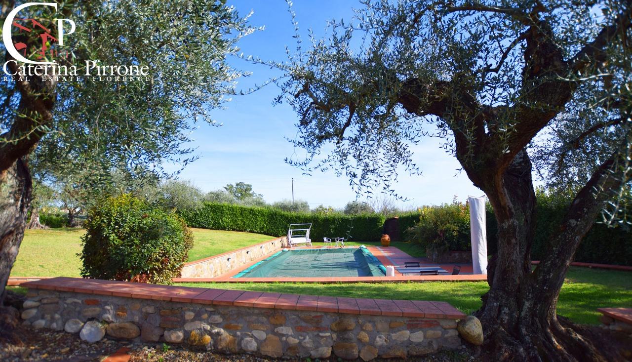 Villa in vendita a San Casciano in Val di Pesa, 15 locali, prezzo € 1.450.000   CambioCasa.it