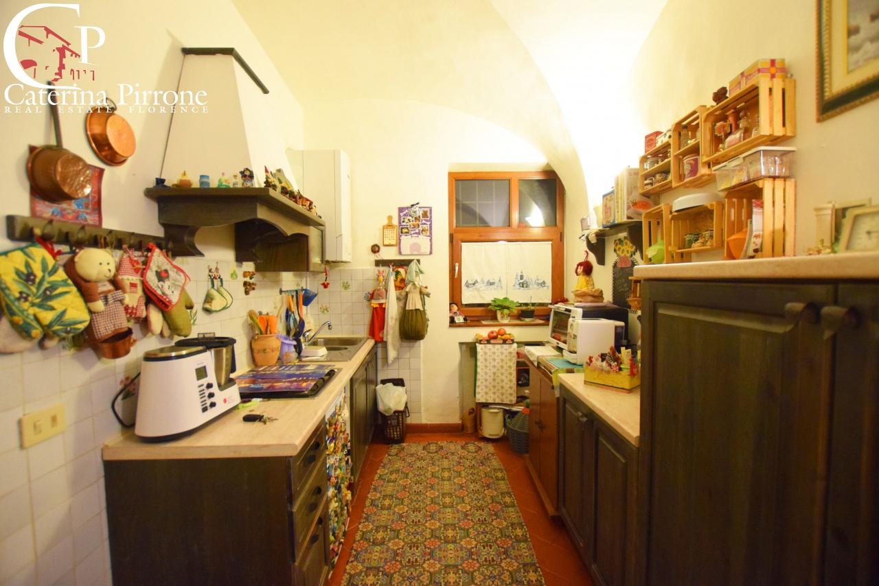 Appartamento in ottime condizioni in vendita Rif. 11638524