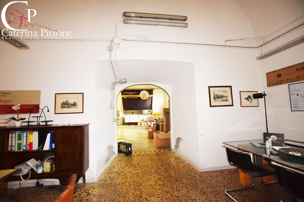 Laboratorio in Affitto a Firenze