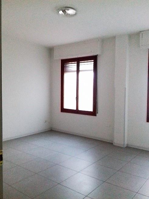 Ufficio in ottime condizioni in affitto Rif. 9943014