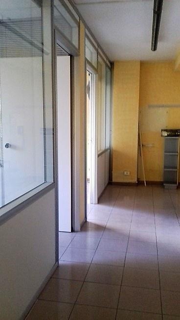 Ufficio in ottime condizioni in affitto Rif. 9943012