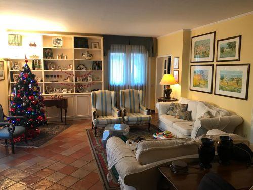 Casa Indipendente in ottime condizioni in vendita Rif. 8931195