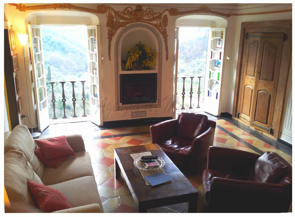 Palazzo / Stabile in vendita a Rapallo, 2 locali, zona Località: GENERICA, prezzo € 295.000 | Cambio Casa.it