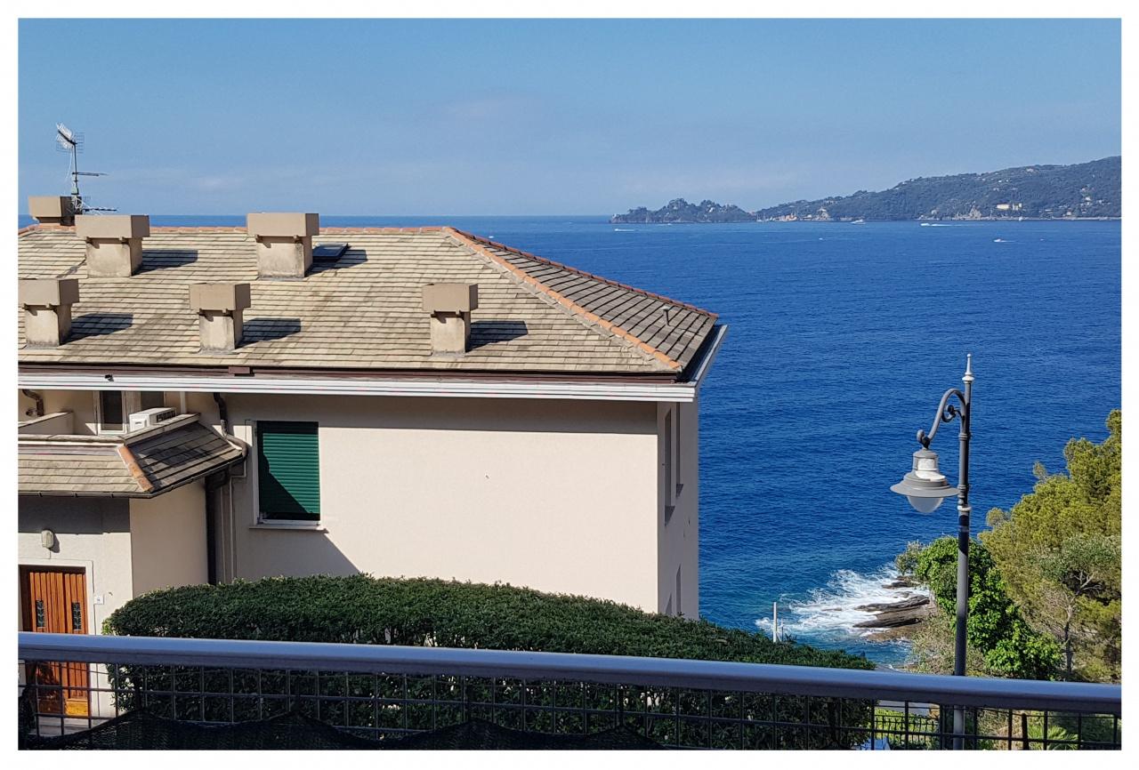 Appartamento in vendita a Zoagli, 3 locali, prezzo € 390.000 | CambioCasa.it